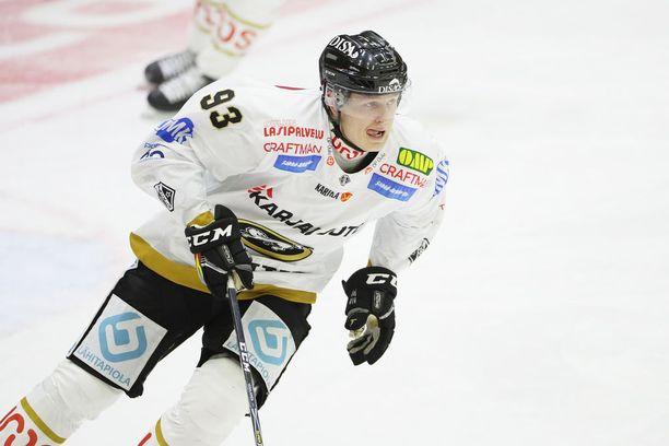 Kristian Vesalainen keräsi eilen Helsingissä kasvattajaseuraansa HIFK:ta vastaan tehot 1+1.