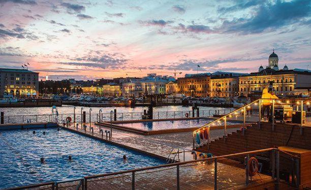Helsingin Kauppatorilla sijaitsevan Allas Sea Poolin sijainti ja maisemat on kiinnostanut yhdysvaltalaisia tv-kanavia.