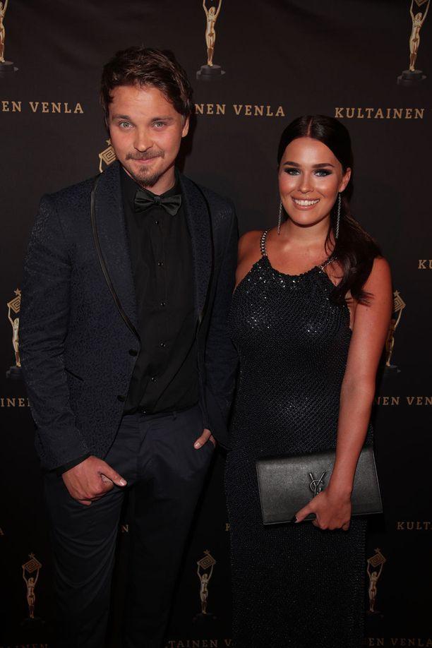 Roope ja Sara edustivat yhdessä Kultainen Venla -gaalassa alkuvuodesta.