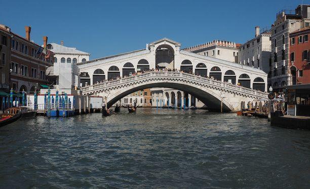 Rialton silta on yksi Venetsian tunnetuimmista nähtävyyksistä.