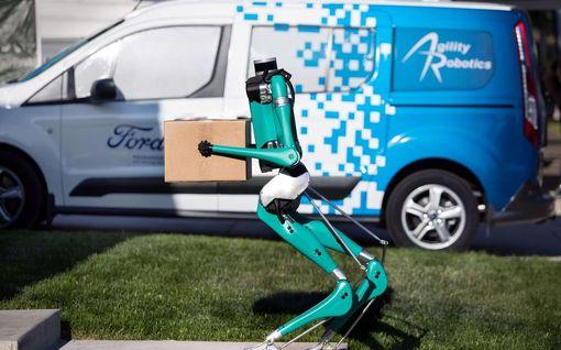 Ford piirsi jakeluauton tulevaisuuden: kuljettajaa ei tarvita ja robotti kantaa paketin ovelle