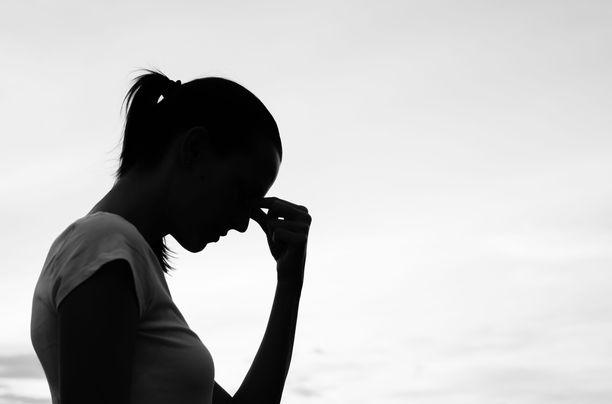 Mielenterveydestä johtuvat poissaolot ovat lisääntyneet erityisesti naisilla. Syytä ei tiedetä, mutta ahdistuneisuushäiriöt ovat muutenkin yleisempiä naisilla.