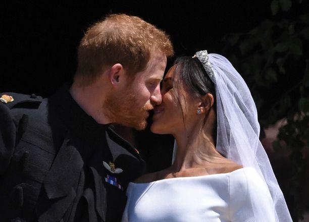 Prinssi Harryn ja Meghanin häitä vietettiin toukokuun 19. päivänä. Vain vajaa vuotta myöhemmin he olivat poikavauvan vanhemmat.