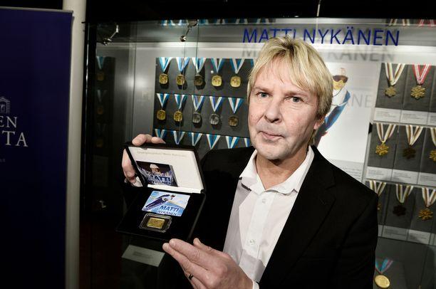 Matti Nykänen haluaisi saada arvomitaliensa omistajuuden takaisin itselleen.