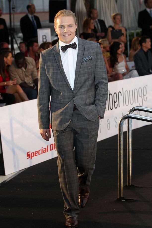 Valtteri Bottas edusti Williamsin ja Suomea Amber Loungen muotishow'ssa Monacossa.