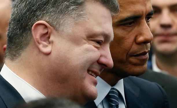 Petro Poroshenko ja Barack Obama ovat tuoreen tutkimuksen mukaan venäläisten vihollismaiden johtajat.