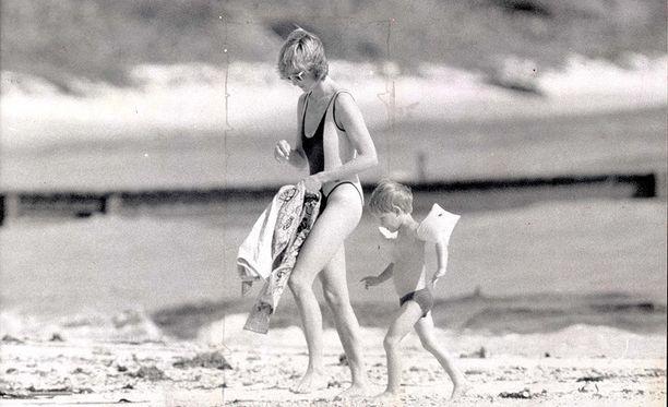 Myös prinsessa Diana vieraili Neckerilla lastensa kanssa Bransonin vieraana.