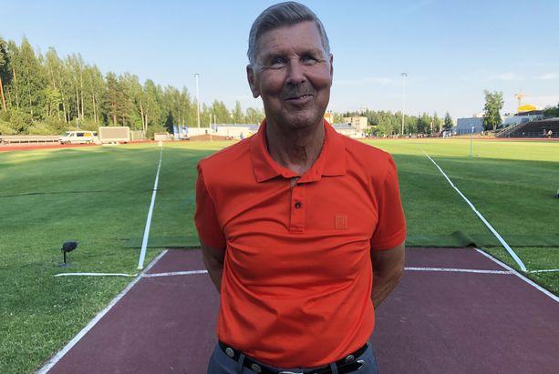 Keihään mestarivalmentaja Leo Pusa, 73, on pudottanut painoa viisi kiloa korona-aikana.