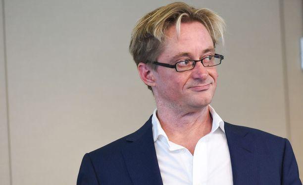 Mikael Jungner (sd) sanoo, ettei itse käytä kannabistuotteita.