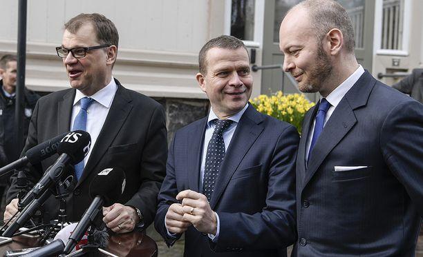 Pääministeri Juha Sipilän hallitus saa tukea elinkeinoelämältä. Sote-lakeja käsitellään eduskunnassa parhaillaan kovalla kiireellä.