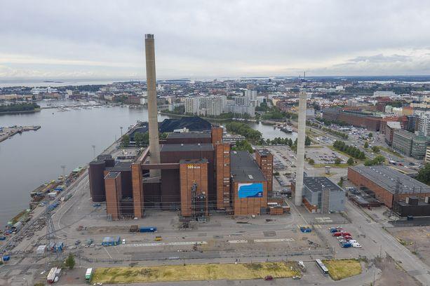 Hanasaaren voimalaitos Helsingissä tuottaa sähköä ja lämpöä. Helen on kertonut sulkevansa laitoksen vuoden 2024 loppuun mennessä. Voimalaitoksessa poltetaan puupellettejä kivihiilen joukossa.