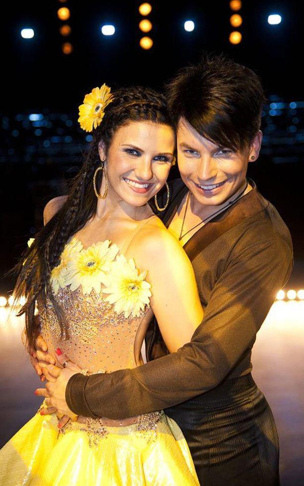 Iltalehden lukijoiden mielestä Antti Tuisku ja Anna-Liisa Bergström ovat olleet kaikkien aikojen paras pari Tanssii tähtien kanssa -ohjelmassa.