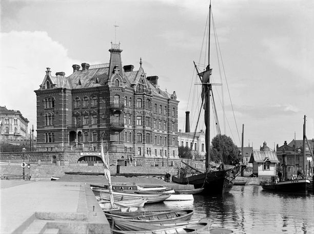 Norrménin talo purettiin Stora-Enson pääkonttorin tieltä.
