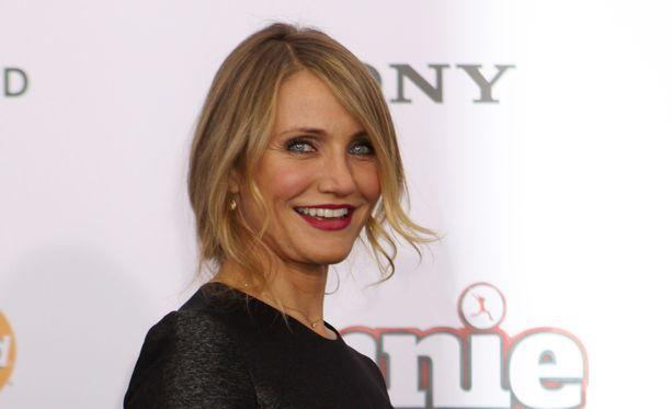 Cameron Diaz saapumassa Annie-elokuvan ensi-iltaan New Yorkissa.