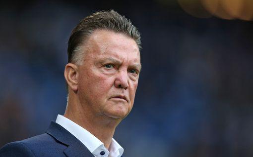"""Valmentajalegendalta kova syytös: Käyttääkö seura koronavirusta härskisti hyväkseen? """"En siedä tätä"""""""