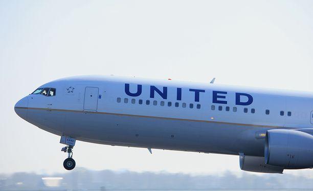 PR-mielessä United Airlinesilla on ollut huono viikko.
