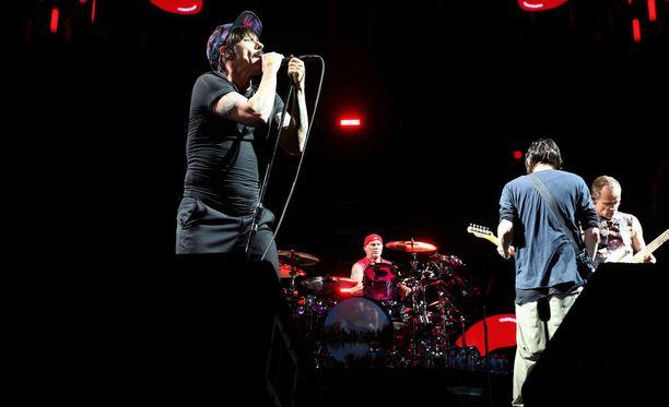 Red Hot Chili Peppers on suosittu yhdysvaltalainen rockyhtye.