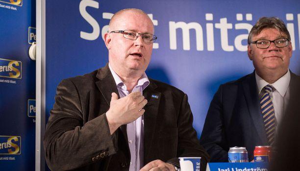 Lindströmin mielipiteet kuolemanrangaistuksesta nousivat esille kv-medioissa.