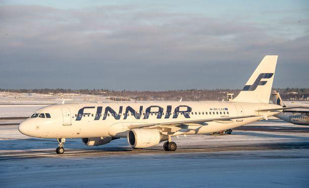 Finnair joutuu perumaan noin kolmasosan perjantain lennoistaan IAU:n lakon vuoksi.