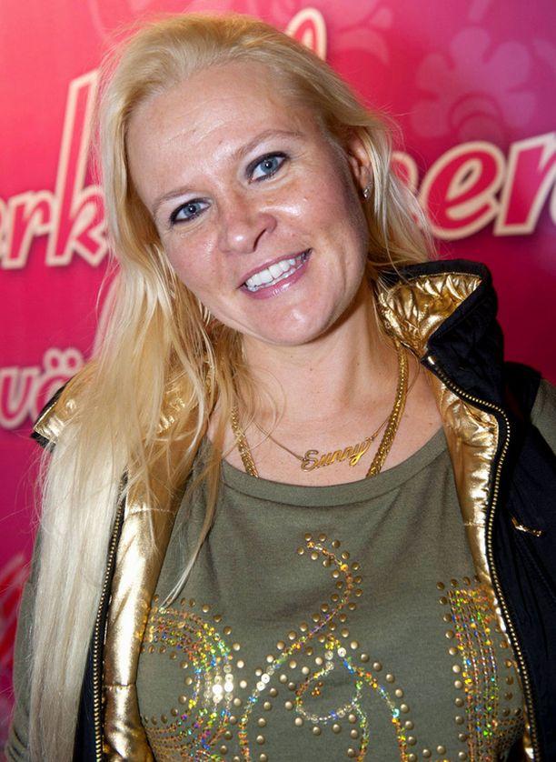 Iltalehti kertoi lokakuussa Sunneva Kantolan ryhtyvän järjestämään Miss Suomi -kisoja.