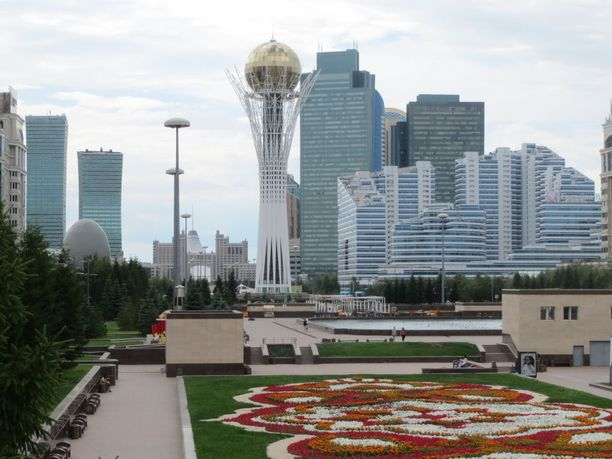 Bayterek-torni on Astanan maamerkki.