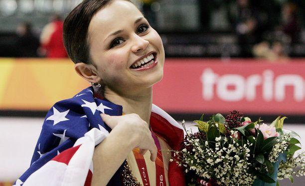 Cohen sijoittui taitoluistelussa hopealle Torinon olympialaisissa vuonna 2006.