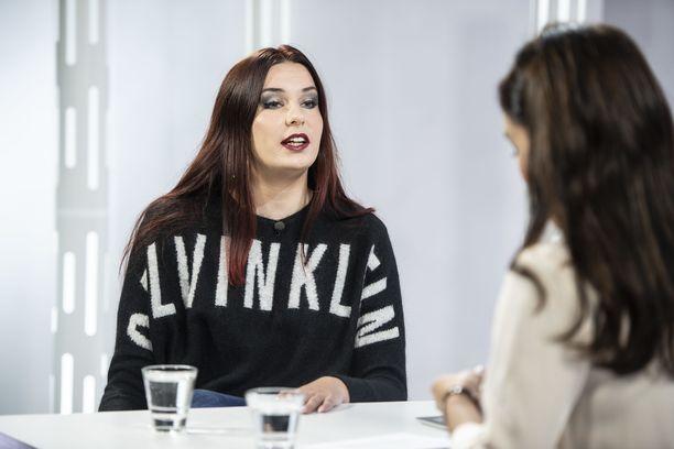 Mercedes Bentso eli Linda-Maria Roine oli viime vuoden syyskuussa vieraana Sensuroimaton Päiväranta-ohjelmassa.