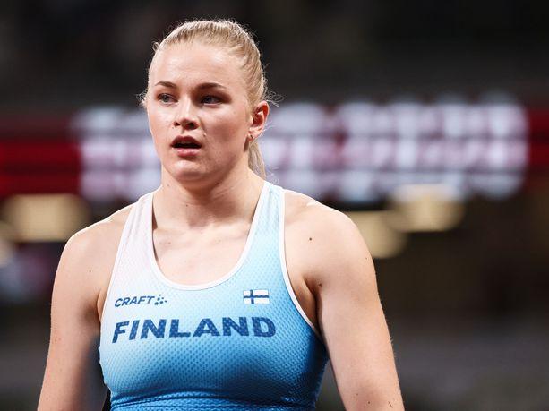 Wilma Murto on naisten seiväsfinaalin nuorin urheilija.