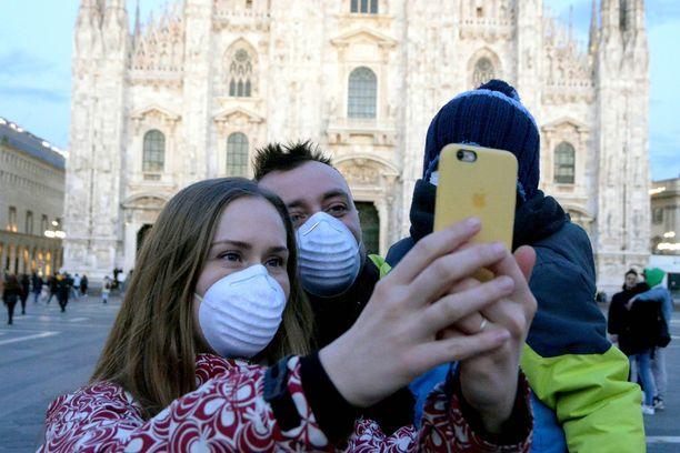 Myös Milanossa on turvauduttu hengityssuojaimiin.