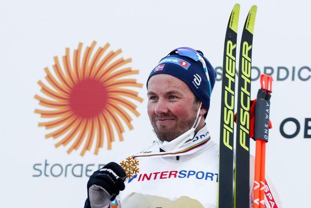 Emil Iversen nappasi Oberstdorfista MM-kultaa.
