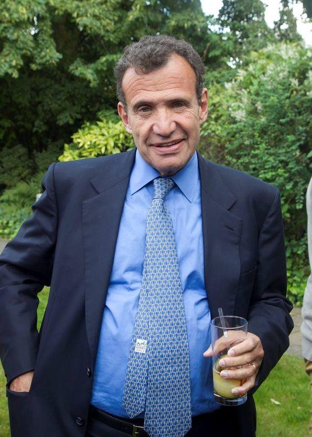 "Miljardööri Chaim ""Poju"" Zabludowicz tapaa tukea muutamaa kokoomuslaista."