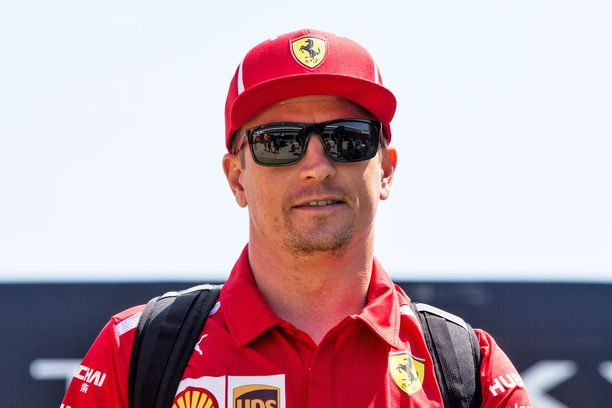 Kimi Räikkönen sai Sky Sportsin asiantuntijoilta taas erikoisen haasteen.