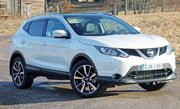 Vauhdikkaammin muotoiltu uusi Nissan Qashqai on 4,7 senttiä aiempaa pidempi, kaksi senttiä leveämpi mutta puolitoista senttiä matalampi.