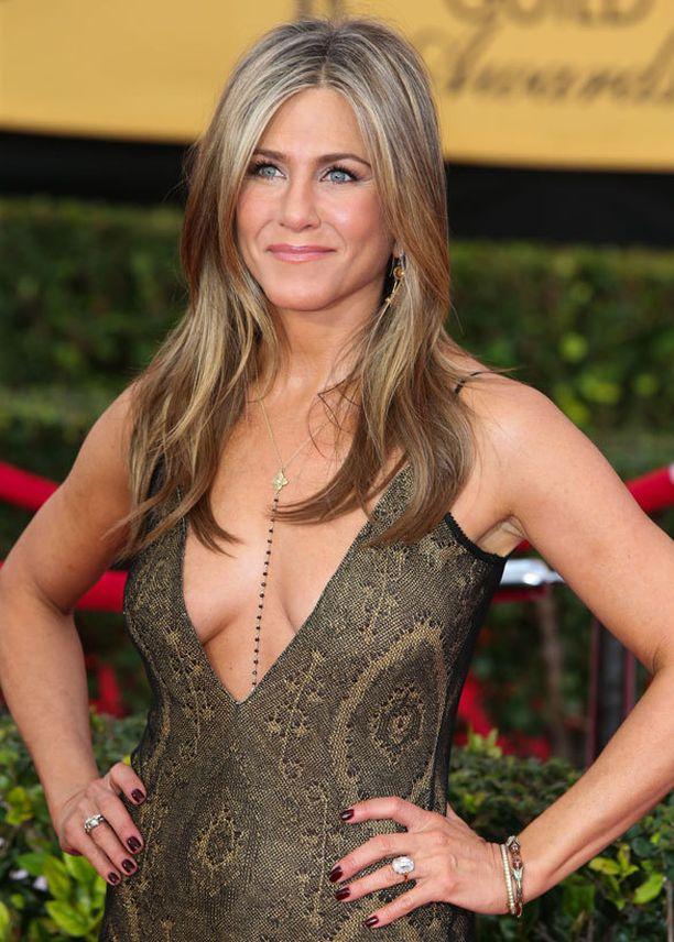 Jennifer Aniston ei harrasta push up -liivejä.