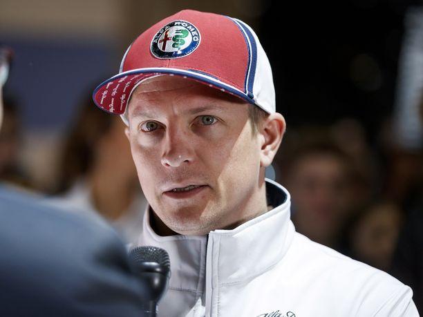 Kimi Räikkönen on toistellut tyytyväisyyttään uuteen talliinsa.