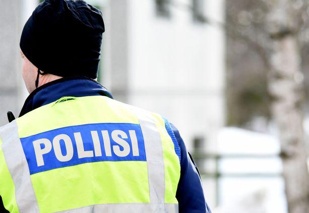 Poliisi tutkii nuorisojoukon tekoja Vantaalla. Kuvituskuva.
