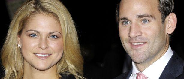 Madeleinen ja Jonaksen suhde päättyi keväällä. Kuva viime joulukuulta.