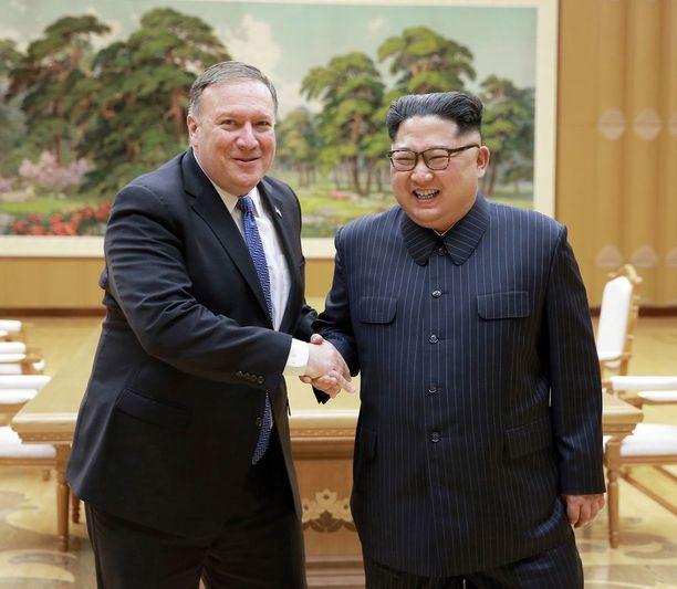 Hymy oli herkässä, kun Mike Pompeo tapasi keskiviikkona Kim Jong-unin Pjongjangissa.