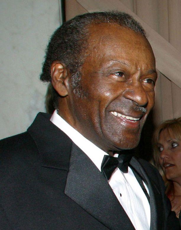 Rokkivaari Chuck Berry kannattaa Obamaa.