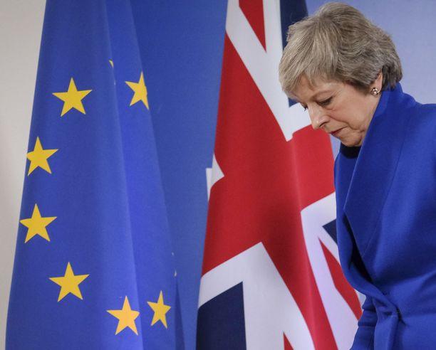 Brittipääministeri Theresa Maylla on edessään haastavat viikot, kun hän yrittää saada puolueensa erosopimuksen taakse.