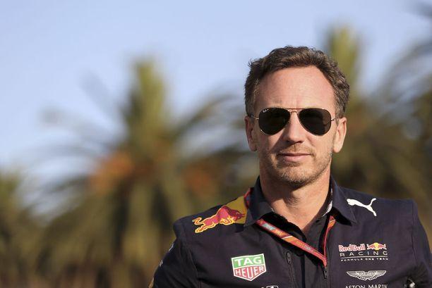 Red Bullin Christian Horner povaa useampien varikkovisiittien elävöittävän osakilpailuja.
