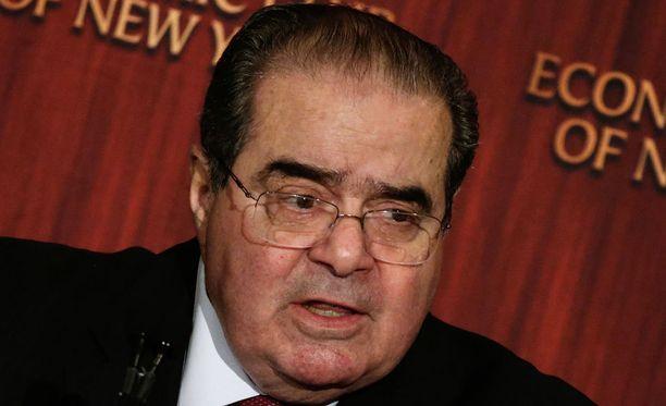 Yhdysvaltojen korkeimman oikeuden tuomari Antonin Scalia on kuollut.