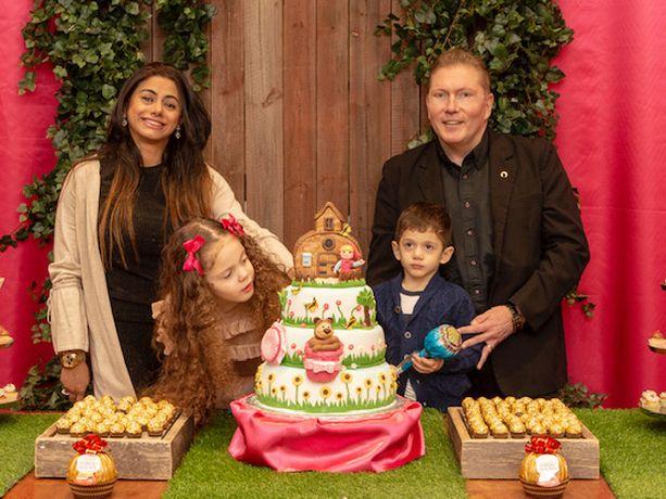 Vesa Keskisen perheessä juhlittiin lauantaina Maria-tyttären viisivuotispäivää.