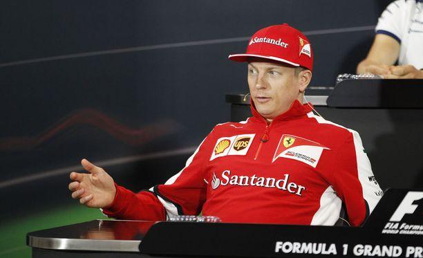 Kimi Räikkönen ei murehdi tulevaisuudestaan.