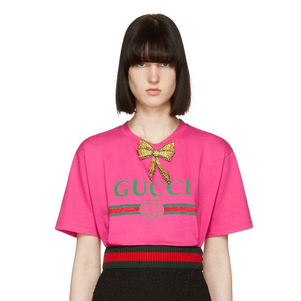 Pinkki Gucci-paita on myynnissä yhdysvaltalaisessa Ssense-nettikaupassa.