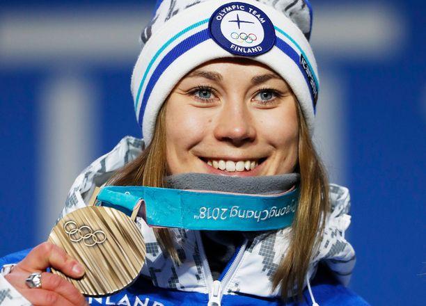 Enni Rukajärvi on kaksinkertainen olympiamitalisti.