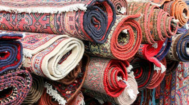 Itämaiseen mattoon sijoittaminen on pitkäjänteistä puuhaa. Kaikella 500 eurosta 50 000 euroon asti voi saada hyvän itämaisen maton.