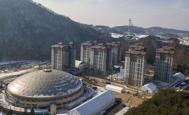 Pyeongchangin olympiakylä on jo alkanut täyttyä kisoihin osallistuvista urheilijoista.