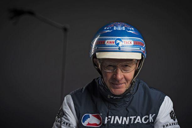 Suomen Hippoksen tilastojen mukaan Pekka Korpi on ajanut urallaan 5261 voittoa. Luvusta kuitenkin puuttuu runsaasti ulkomailla ajettuja voittoja.