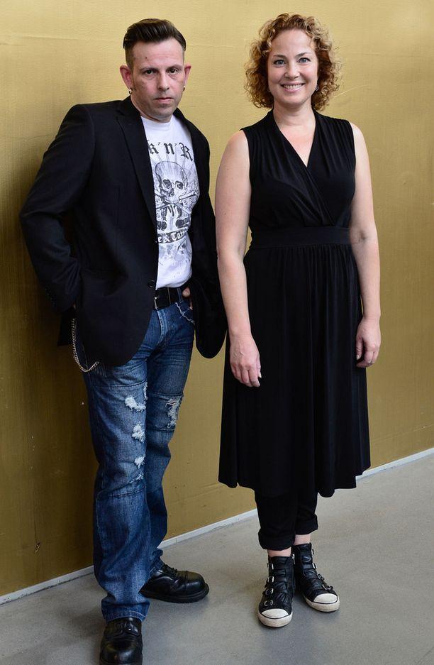 Timo Lavikainen ja Miia Nuutila esittävä leffassa pariskuntaa, joiden suhde rakoilee.